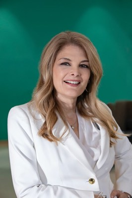 Maria Perrin Headshot